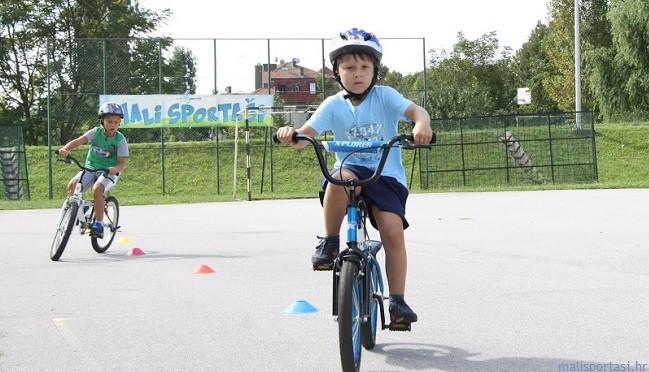 Mali sportaši - škola biciklizma