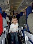 Na letalu z otrokom (1)