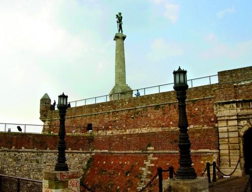 Park Kalemegdan z znano skulpturo Pobednika