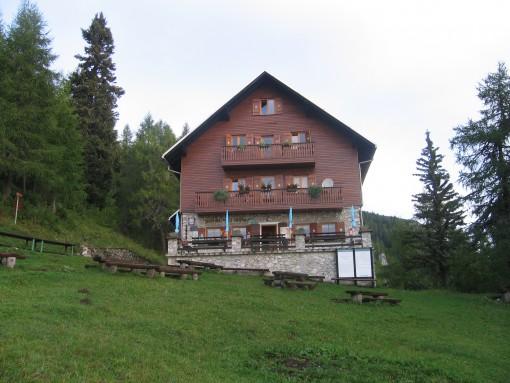 Dom na Peci