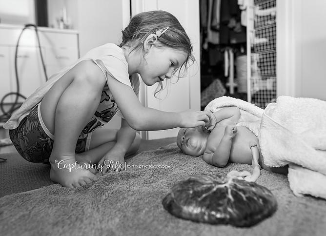Porod je čudežen trenutek tudi za sorojence.