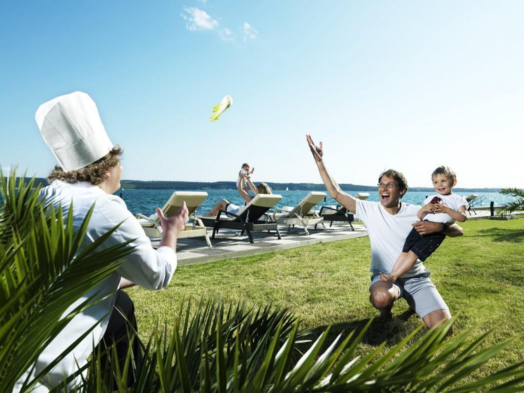 Tudi na družinski plaži je poskrbljeno za zabavo.