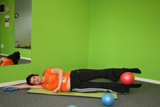 Pilates dvig na boku - končni položaj