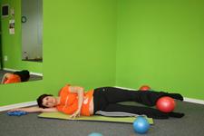 Pilates dvig na boku - začetni položaj