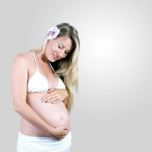 Бебето комуницира уште од стомакот