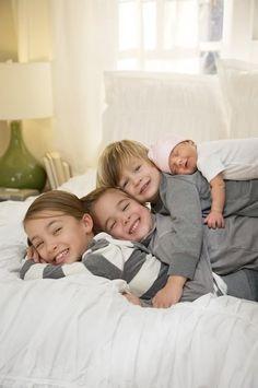Ujemite ljubezen med brati in sestrami za večno.