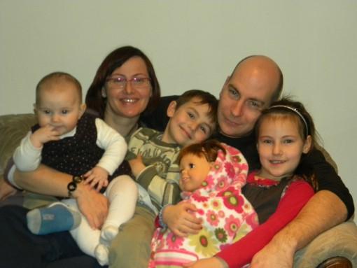 Svetovalka ZAVODA IZRIIS, Irina z družino
