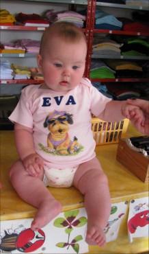 Baby majica z imenom dojenčka in slikico