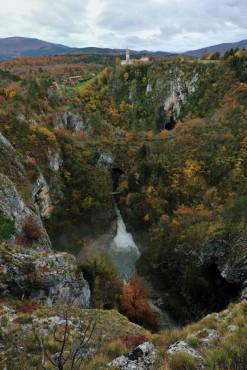 Dolina jeseni
