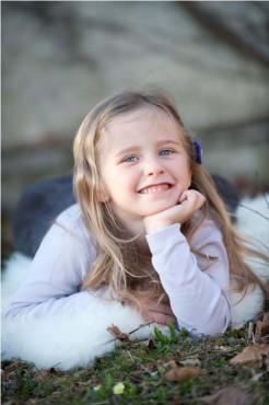 Sara (4 leta), zmagovalka foto natečaja
