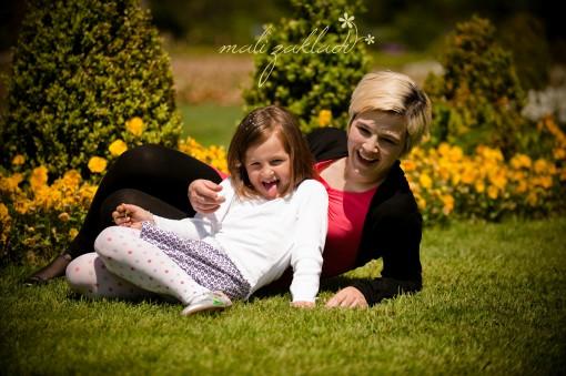Trisha Satler (6 let) z mamico Anito