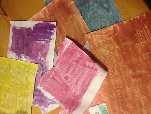 Barvamo časopisni papir