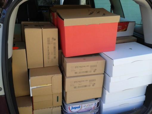 Poln avto paketov za žrtve poplav na Balkanu