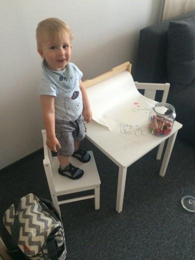 Dovolj prostora in pripomočkov za otroško igro tudi na dopustu.
