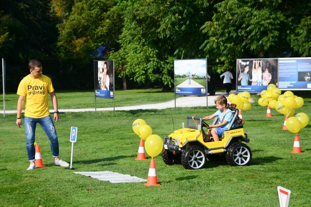 Vožnja po otroškem poligonu ni mačji kašelj.