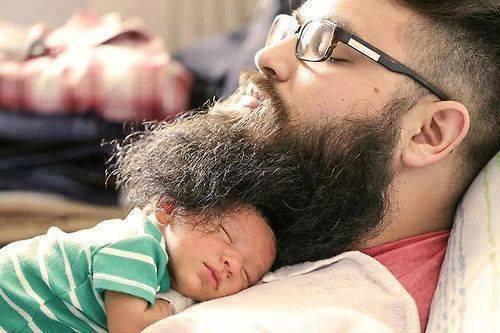 Hvala očka, da si mi posodil svojo brado.