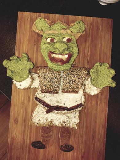 Shrek: zelenkasta grdoba za pohrustat (FOTO: Barbara Šabeder Jančič)