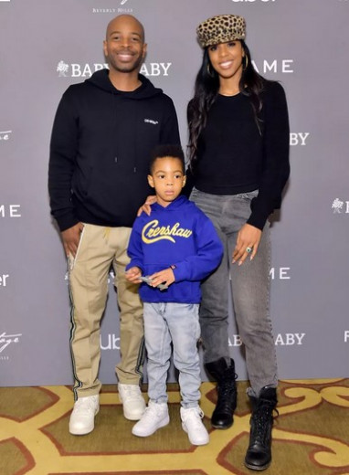 Bivša pevka skupine Destiny`s Child - Kelly Rowland and Tim Weatherspoon pričakujeta drugega otroka.